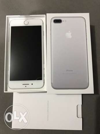 iPhone 7 plus 128g silver new بنها -  2