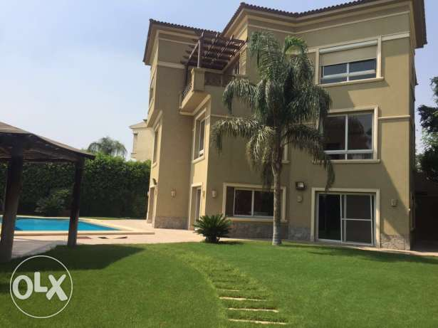Villa in lake view new cairo