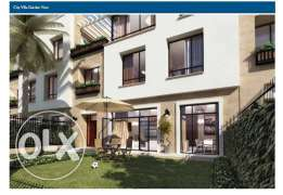 Townhaus for sale 365m in westown _ Beverly_Hills