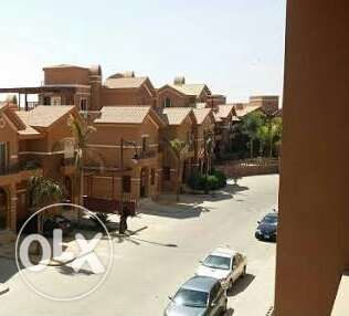 Apartment for sell at green 3 compound prime location
