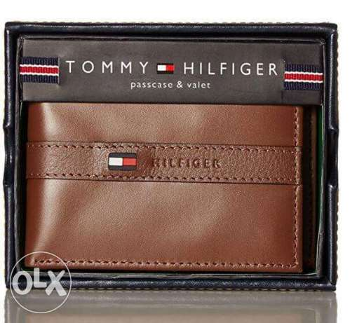 from america original tommy hilfiger wallets with box for 700 LE