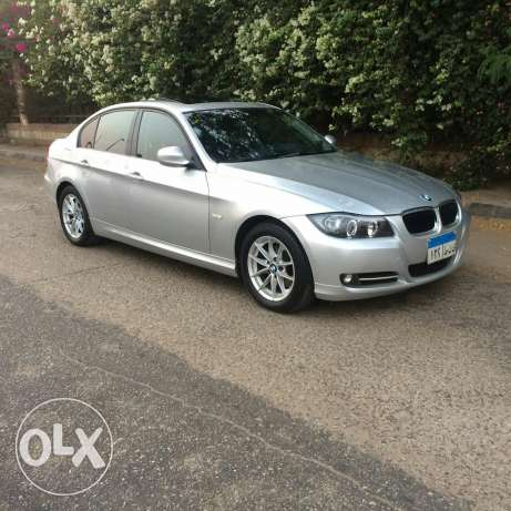 bmw e90 face left 320 شيراتون -  2