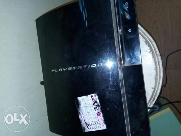 Ps3 play station 3 with 2 controller and 9 games