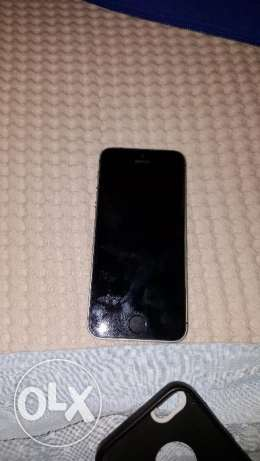 Iphone 5s for sale النزهة -  2