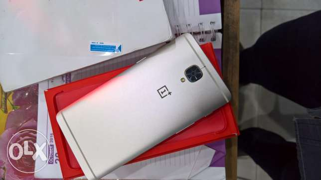 OnePlus 3 64G Rare Gold Color