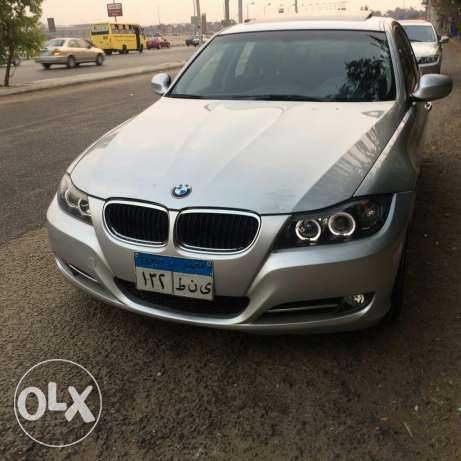 bmw e90 face left 320 شيراتون -  1