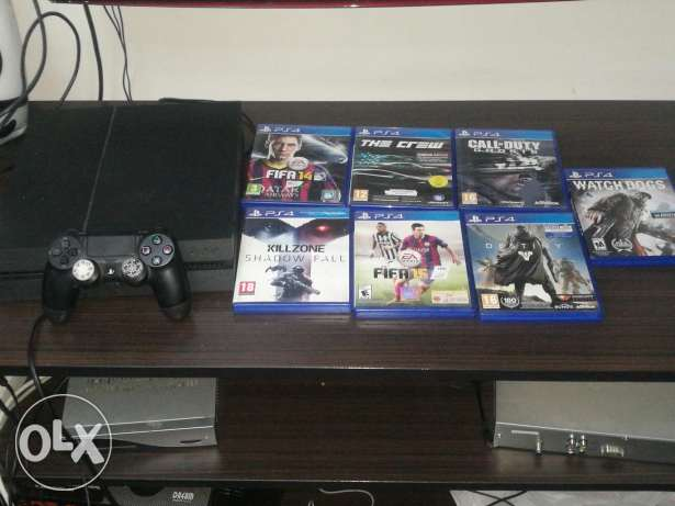 Ps4 used 4 month only