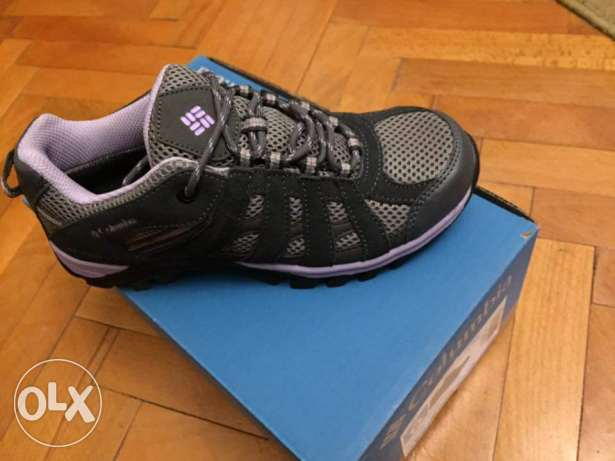 Columbia shoes size 38