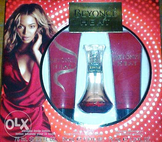 New Original perfume set ( Beyonce Heat ) (سعر نهائى)