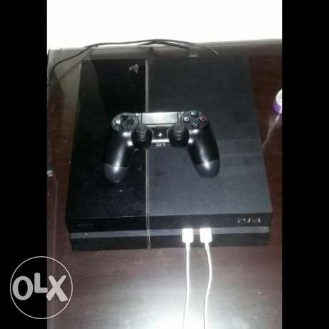 Playstation 4 Console.