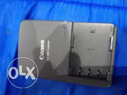 Canon CB-2LWE Battery Charger For PowerShot S30, S40, S45, S50, S60, S