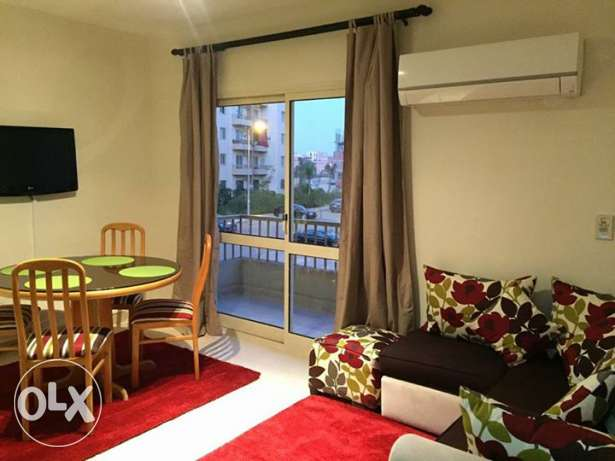 Flat for rent fully furnished and air conditioned mustakhbal dorra الشيخ زايد -  1