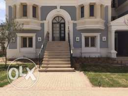 mountain view Hyde park i villa 278 m+ 60 m garden new Cairo