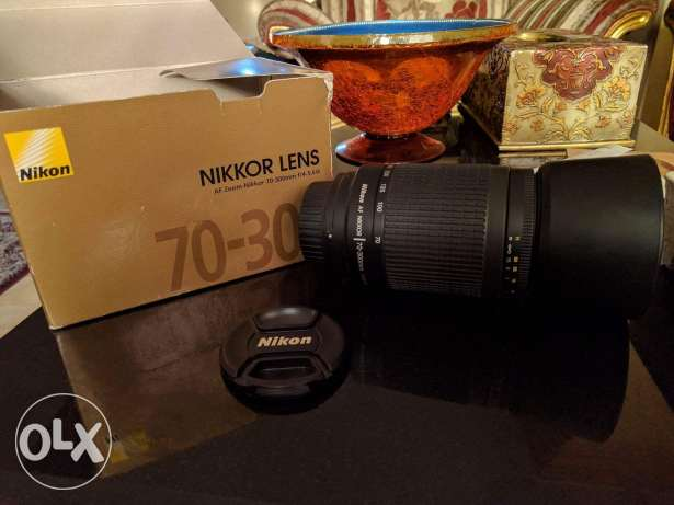 Nikon lens 70-300 mm f/4-5.6G Zoom Lens with Auto Focus for Nikon DSLR