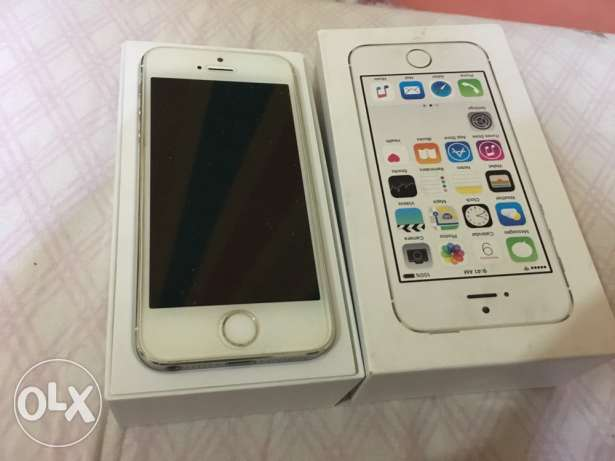 iphone 5s 16 silver حاله زيروو