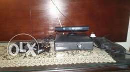 Xbox36o 3 joy stik 12 cd and kineckt