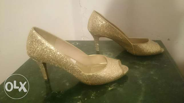 Pay less heels size 9