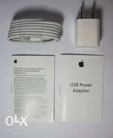 iPhone Original Charger الزيتون -  2