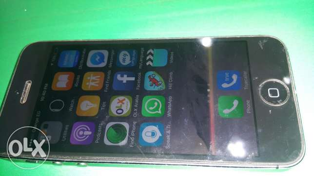 iphone 5 with charger only 16 G
