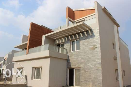Villa standalone for sale in Zayed Dunes amazing view 550 M2
