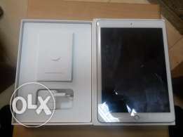 IPad Air 2 for sell or exchange with surface pro 3