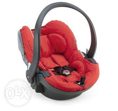 stokke car seat excellent conditions for sale 2000egp