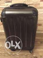 carry on travel bag 4 wheels with big roomy place