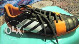 Addidas - Original - Football shoes -كالجديدة - جزمة اديداس كرة أصلى -