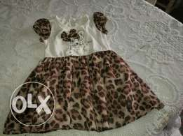 4 Dresses, 1 swimming pool and 1 swimming suit set