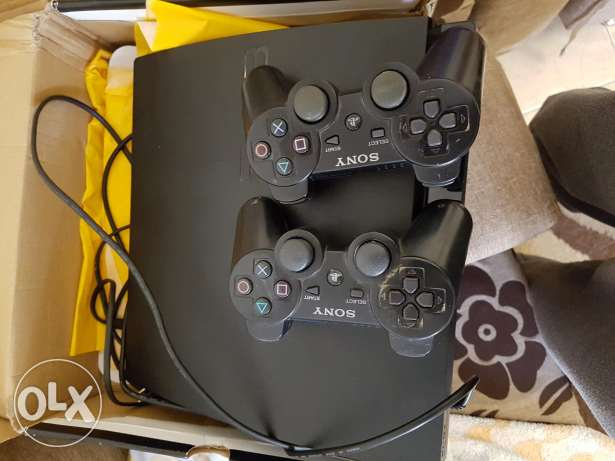play station 3 500 gb like new condition