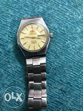 orient from (el saudia) very old, automatic