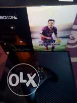 Xbox one 500 + Kinect + games