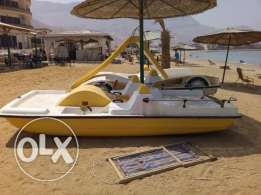 Italian made Pedalo with S.S Keel & Fender