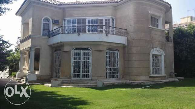 furniture villa in Biverlly Hills الشيخ زايد -  1