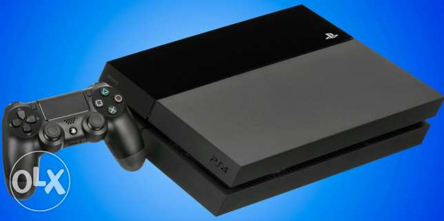 PS 4 for sell استعمال 3 شهور