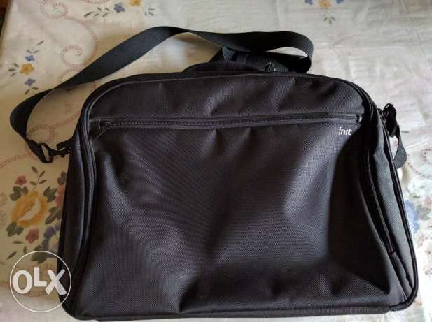 "Laptop bag 15-16"" شنطة لابتوب الدقى  -  1"
