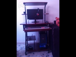 full desktop computer in a good condition
