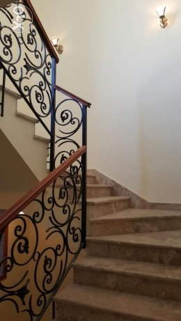 Elegant villa in amazing compound on 90 street with amazing price القاهرة الجديدة -  8