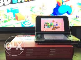 3ds XL with 400 games and memory card 64 giga