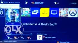 Ps4 with 8 new games and 2 controllers