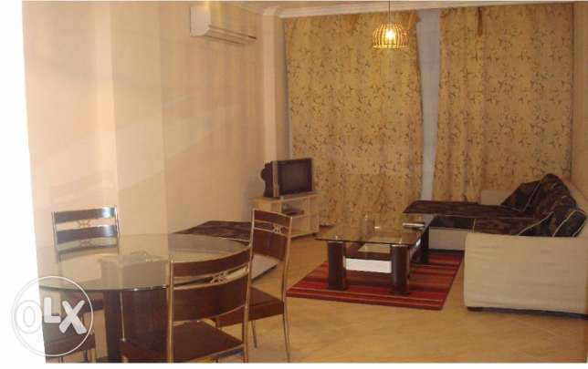 2 bedroom flat for rent with direct pool view. Kawthar الغردقة -  5
