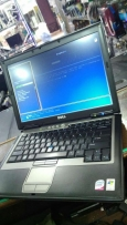 Core2duo 2/2- ram 2gb- hdd 80 SATA-vga Intel 512-dvdrw-wifi-bt-4usb