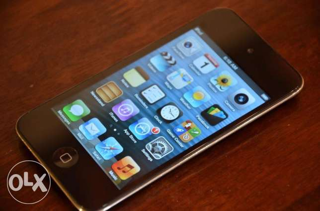 [ VERY GOOD Condition ] IPod Touch 4th Generation 32 GB