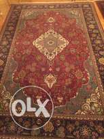 Wool Handmade Carpet 2.25x3.75 New never been used 36 nuts