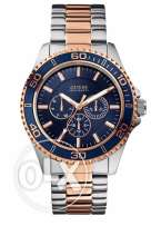 Guess W0172G3 for Men (Analog, Sports Watch)