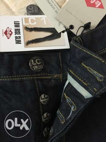 جينز ازرق غامق لي كوبر (lee cooper originals) مقاس ٣٢