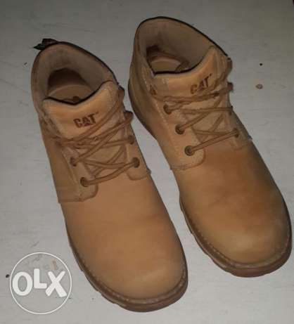 Used Genuine caterpillar boot الزيتون -  2