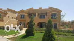 Twin House for sale in Diar park prime location 365 sqm