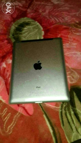 Ipad2 64gb wifi&3G with charger and in good condition