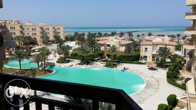 Unfurnished studio with views of the Red Sea